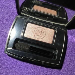 Chanel Ombré Essentielle 'Fauve.'